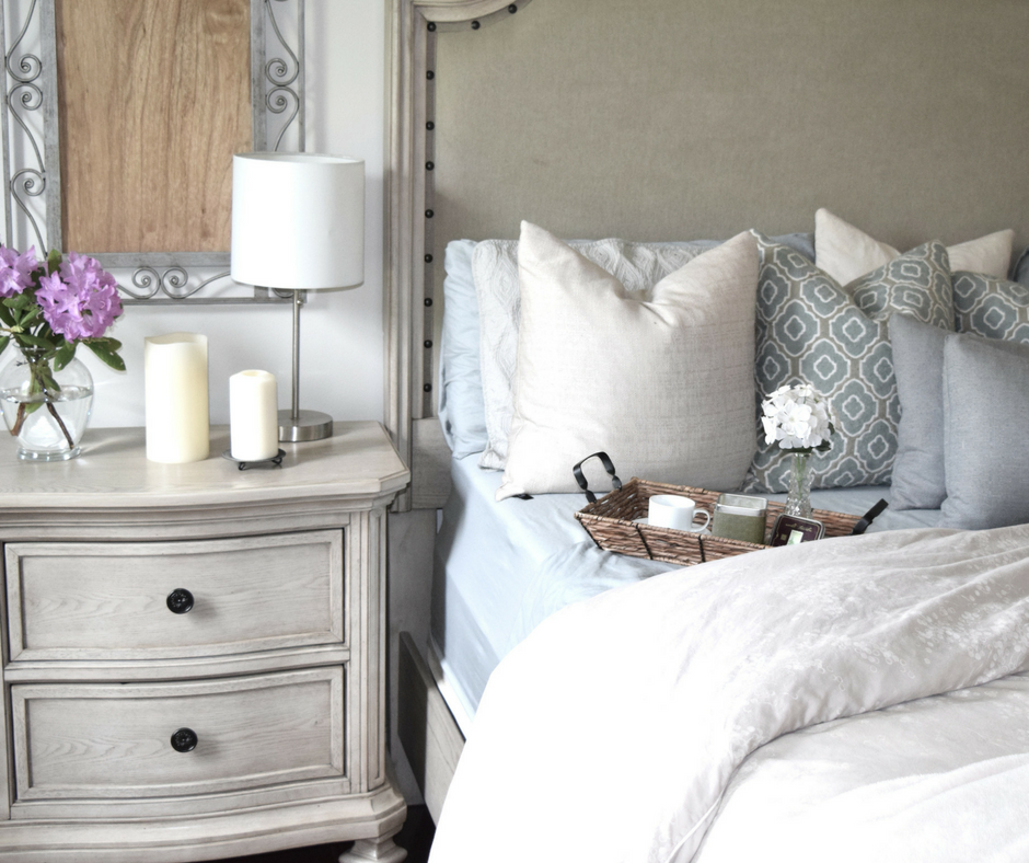 How to Create The Ultimate Soft & Feminine Bedroom