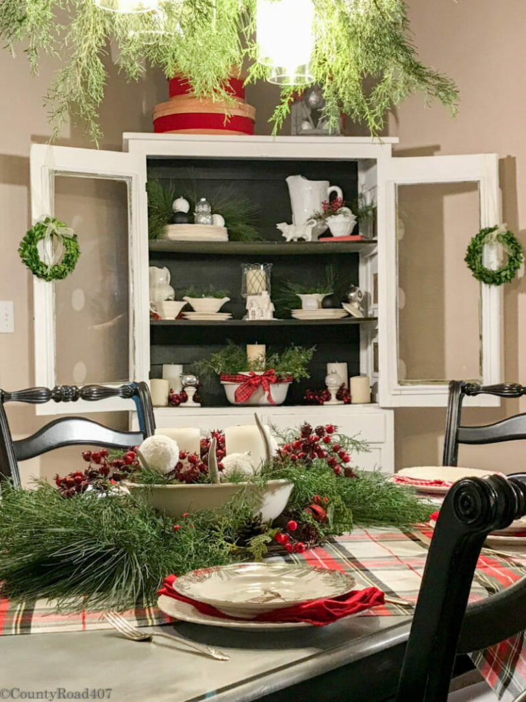Astonishing 12 Christmas Hutch Decor Ideas That Will Impress Your Dinner Complete Home Design Collection Barbaintelli Responsecom