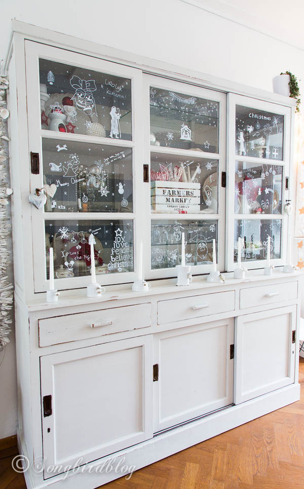 Pleasing 12 Christmas Hutch Decor Ideas That Will Impress Your Dinner Complete Home Design Collection Barbaintelli Responsecom
