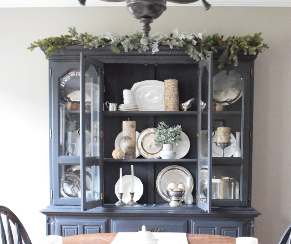 A Brick Home: Winter Hutch Decor, Winter Hutch Decor Dining Rooms, Winter  Hutch